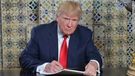 170119102001-donald-trump-inaugural-speech-writing-photo-large-169