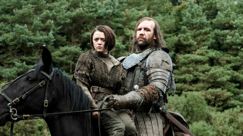 Arya (Maisie Williams) continues her journey with The Hound (Rory McCann).