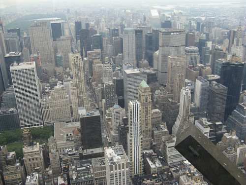 640px-Skyscrapers_in_Midtown_Manhattan-New_York