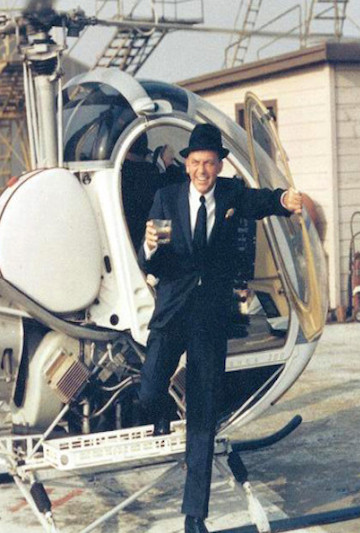 Frank-Sinatra-Helicopter-Drink-450x511