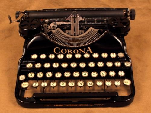Photo: VintageTyperwriterShoppe.com