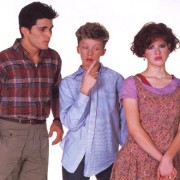 Sixteen-Candles-molly-ringwald-95828_500_390