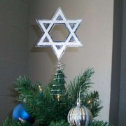 chanukah-christmas-tree-holidays
